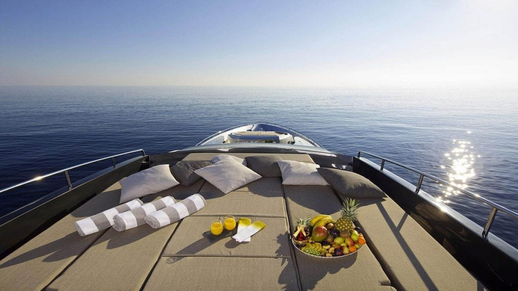 luxury yachting Mykonos