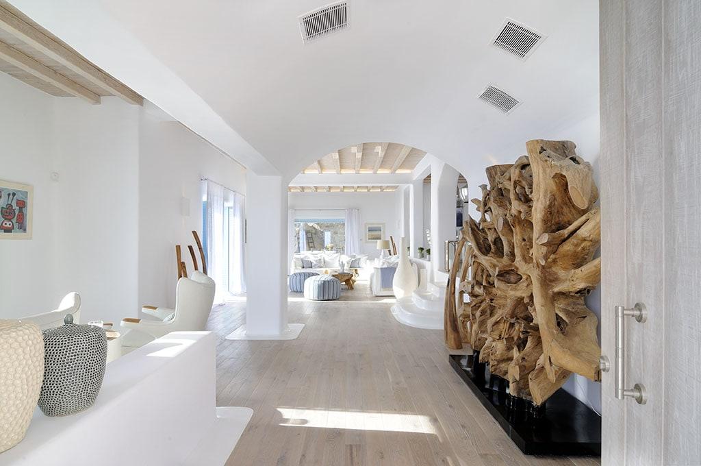 villa peace interior