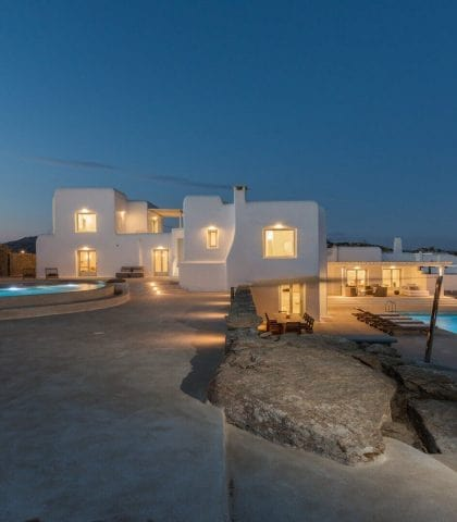 Mykonos Where to Stay: A Comprehensive Mykonos Accommodation Guide