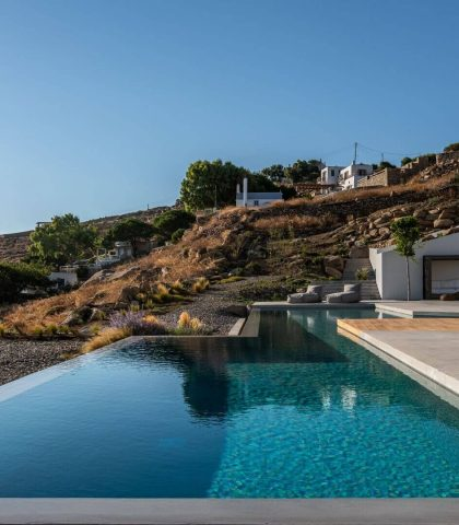 The Finest Samples of Cycladic Architecture and Luxury