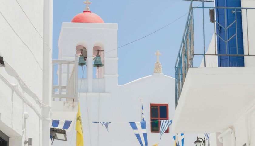 Mykonos History – From a powerful marine force to a modern-day party mecca